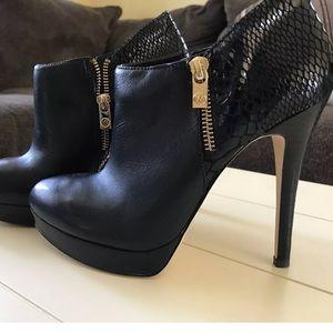 MICHAEL Michael Kors Black High Heel Booties Sz 7
